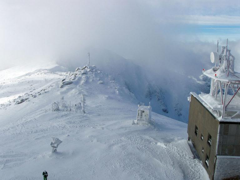 Вид с вершины горы Хопок