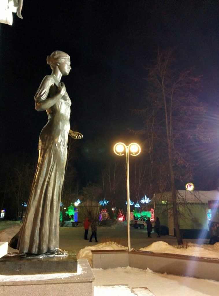 Статуя святой Татьяны в Томске